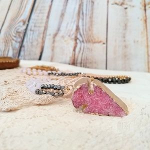 Jewelry - Pink Druzy Arrowhead Long Beaded Necklace